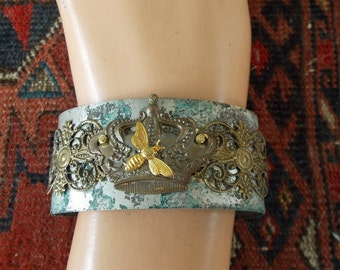 Cuff Bracelet,  Post-Apocalyptic Steampunk Cuff Bracelet, Steampunk, Queen Bee Bracelet, Insect jewelry, Bee Cuff,  Gothic Jewelry