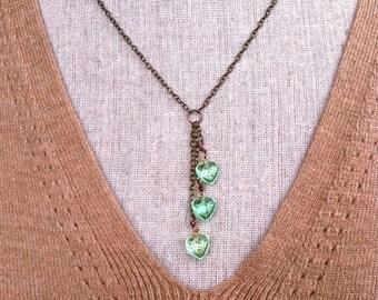 Heart drops. vintage green heart necklace. Tiedupmemories