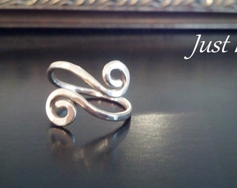 Sterling silver spiral thumb ring,14 gauge wire, hammered, adjustable