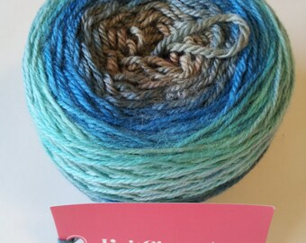 Robin's Nest Panoramic Gradient, 150g Lavish, dyed to order