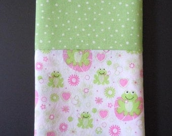 Lilypad Frogs- Travel Pillowcase- Free US Shipping