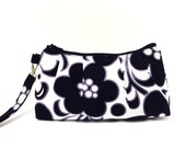 Clutch Purse Rectangle Wristlet - Flowers in Black and White