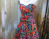 Poppy Vintage 80s floral dress Orange Poppies Strapless Dress purple Iris Party dress M L