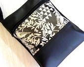 Double Zipper Sue bag in bird and triangle.