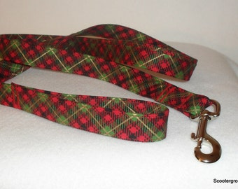 Classic Red Tartan Plaid Print Dog Leash - Great Holiday look