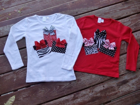 "Girls Christmas  ""MODERN HOLIDAYS"" presents gift boxes tee shirt available in size 6-12-18-24 mth. 2T, 3/ 4, 5/ 6, 7/8"