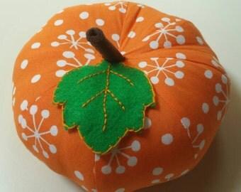 Medium Atomic Retro Pumpkin