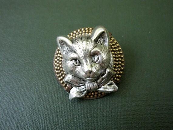 Kitten Brooch, Kitten Pin, Cat Brooch, Cat Pin, Silver, Animal Brooch, Sweater Pin, Shawl Pin, Pet, Pet Pin, Kitty Cat, by Days Long Gone