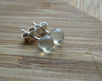 transparent balls - little post earrings transparent glass