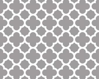 Quatrefoil in Gray (C435-40)