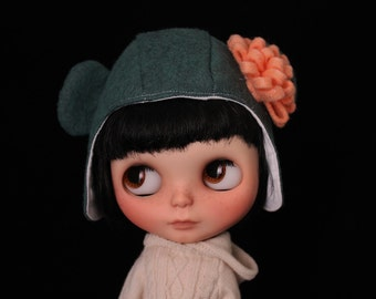 Pocket Full of Posies helmet for Blythe no. 59  **SALE TODAY**
