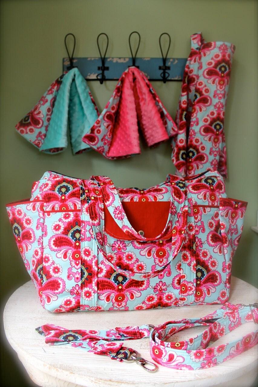 large big diaper bag set for twins or triplets. Black Bedroom Furniture Sets. Home Design Ideas