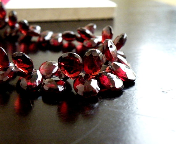 Mozambique Garnet Gemstone Briolette Faceted Tear Drop Pear Top Drilled 6.5 to 8mm 21 beads