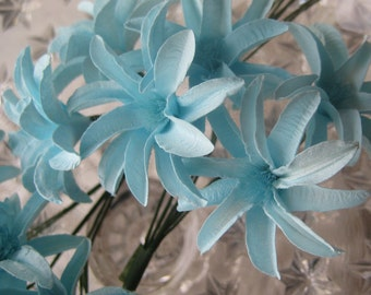Paper Flowers 12 Millinery Lilies In Light Blue