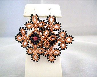 Lace Arabesque Beadwoven Earrings