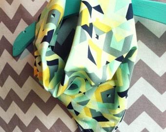 Baby reversible neckerchief scarf