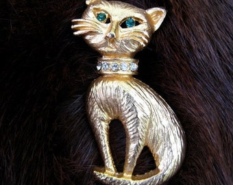 50% off SHOP SALE - Kitten Pin / Kitten Brooch / Cat Brooch