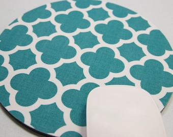 Buy 2 FREE SHIPPING Special!!   Mouse Pad, Round Fabric Mouse Pad or Trivet      Quatrefoil in Teal