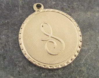 Round Brass Letter S Initial Charms for Bracelets or Pendants 1488S - 4 Pieces