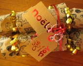 Aw Snap Christmas Crackers. Brown and Red.