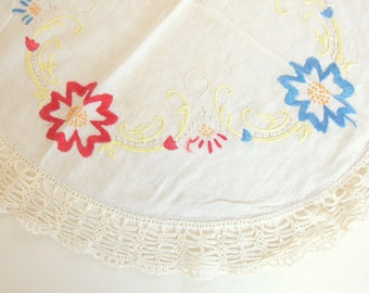Vintage Red and Blue Embroidered Dresser Scarf with Crocheted Edging