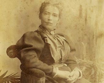 1896 Vintage Cabinet Card Photo Gentle Lady Poses For Portrait Antique Photograph Maidstone England UK