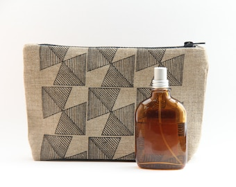 Geometric Linen Wash Bag - Black Print
