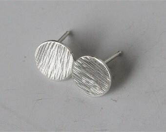 Silver Stud Earrings, Textured Dot Earrings, 9mm Dots, Circle Earrings, Stud Earrings, Silver Earring, Sterling Silver Earrings 925