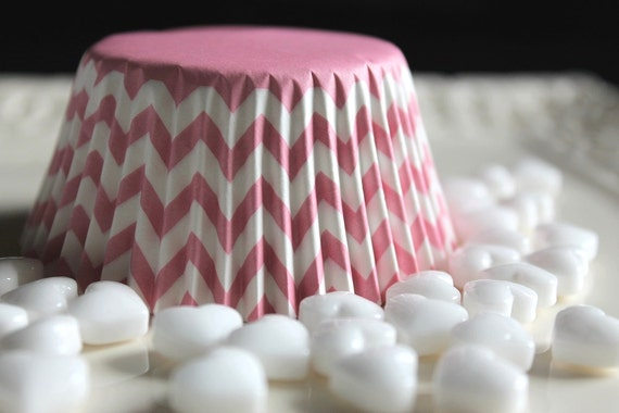 25 Light Blue and White Chevron Striped Light Pink and White Chevron Striped Charming Cupcake Muffin Baking Cups, Cupcake  Liners