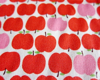 Japanese Fabric - Red and Pink Apples - Food Print Fabric - Fat Quarter LAST PIECE