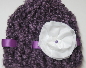 Really Pretty Infant Hat. Size 0-3 Months.  Would be great in picture's.