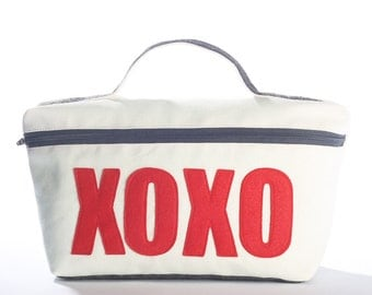 XOXO medium travel bag from eco-friendly materials