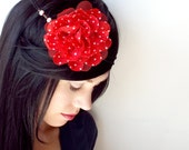 Retro Flower and Chain Circlet Hair Accessory in Red Black and White