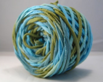 T-Shirt Yarn - Aqua Green Teal- 60 Yards - T Shirt Yarn - Recycled Yarn - Cotton Yarn - Fabric Yarn - Chunky Yarn - Upcycled Yarn