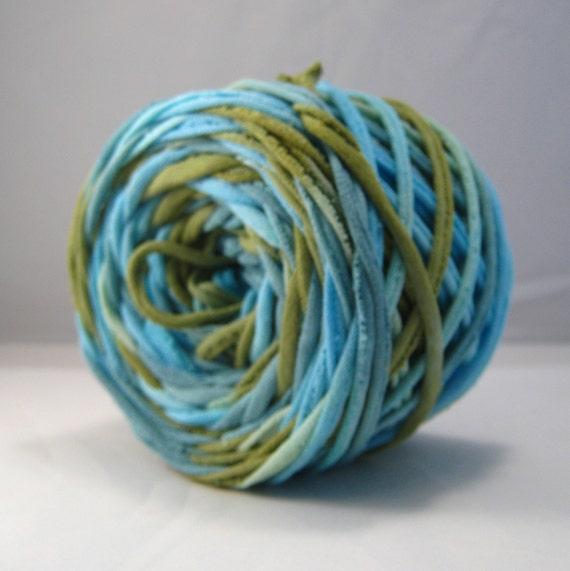 T-Shirt Yarn - Aqua Green Teal- 60 Yards - T Shirt Yarn - Recycled Yarn - Cotton Yarn - Fabric Yarn - Chunky Yarn - Upcycled Yarn