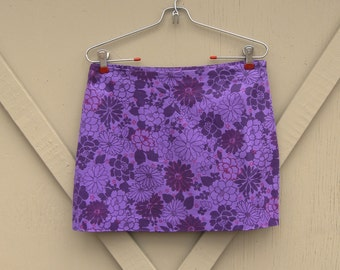 vintage Express Purple Floral Print Stretch Mini Skirt