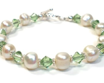 August Birthstone Bracelet - Freshwater Pearl and Peridot Green Crystal Sterling Silver