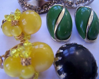 Clip earring lot cluster moon glow thermoset collection  5 pair vintage clip earrings