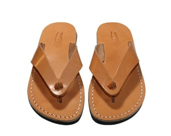 Caramel Surf Leather Sandals For Men & Women - Handmade Unisex Sandals, Flip Flop Sandals, Jesus Sandals, Genuine Leather Sandals