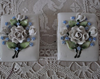 Pair of Ring Bearer Porcelain Boxes/White Roses/Vintage 1950s 1960s/German Porcelain Trinket Boxes