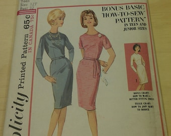 Wiggle dress in teens and juniors sizes - 1960's Simplicity 5654 size 12T Teen