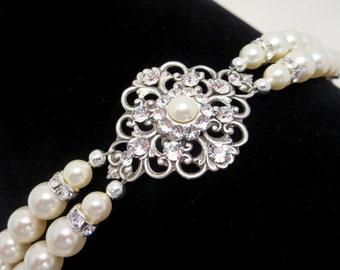 Pearl Bridal bracelet, Wedding bracelet, Bridal jewelry, Vintage Pearl bracelet, Filigree bracelet, Vintage style bracelet, Cuff bracelet