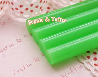Lime Green Small Glue Sticks for Fake/Faux Icing Deco Sauce Decoration - 6pcs