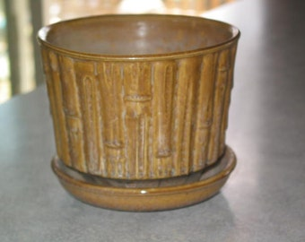 McCoy Pottery sand canyon Bamboo Flower Pot planter with attached saucer