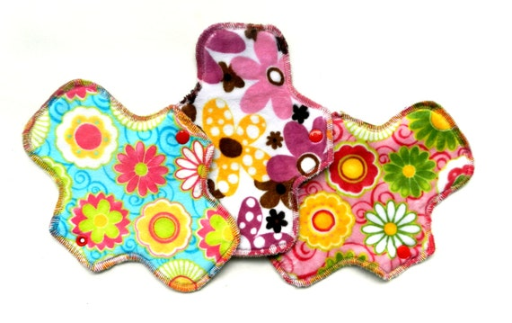 "Floral<br> Set of 3, 8.5"" Pantyliners"