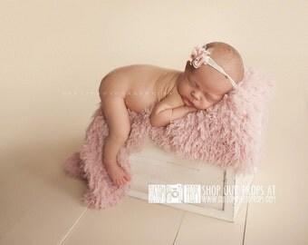 CLEARANCE: Newborn Photo Prop Fur PeAceFul Pink Basket StuFFeR Faux Fur, Photo Props, Artificial Fur,Newborn Baby Photography Props, So SoFT