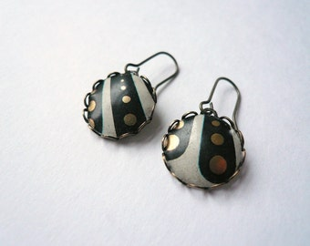 Vintage tin earrings Black and white earrings Gold polka dot earrings Stripe earrings Vintage earrings Small round earrings Black earrings