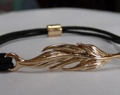 Black and Gold Tone Leaf Bracelet - B1658W