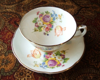 ELEGANT Royal Grafton Teacup Saucer Set Mid Century ,Made In England, Fine Bone China