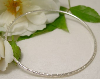 Simple Sterling Silver Bangle, Narrow Solid Silver Bangle, Hammered Silver Jewelry, Hand Forged Metal Jewelry, Slim Stacking Bangle Handmade